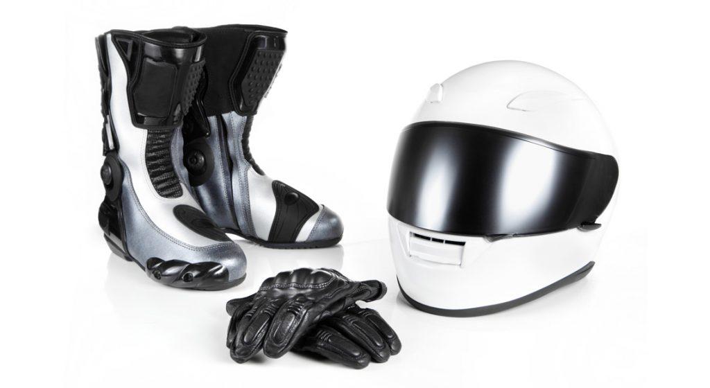 Les accessoires indispensables pour faire de la moto